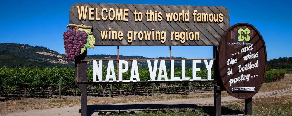 Napa valley wine tour sign